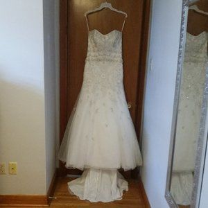 Wedding Dress Fit and Flare Style